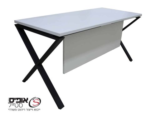 שולחן מחשב עם רגל X